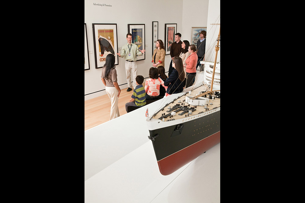 SalemMA_Group-tours_Courtesy-Peabody-Essex-Museum.jpg